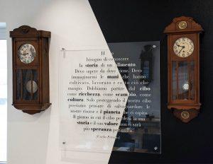 Coppia di orologi a pendolo d'epoca